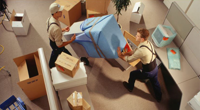 Ofis taşımacılığında evraklar ayrı, bilgisayarlar ayrı ve ofis mobilyaları özel olarak paketlenerek taşıma işlemi gerçekleştirilmektedir.